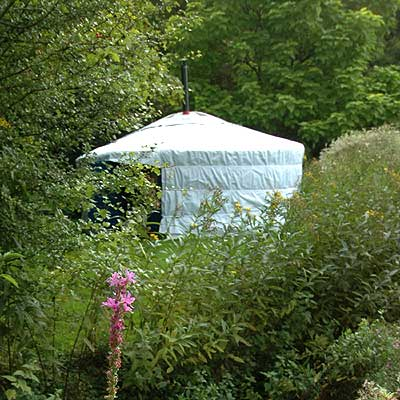 Idyllic lakeside Yurt at Radwell